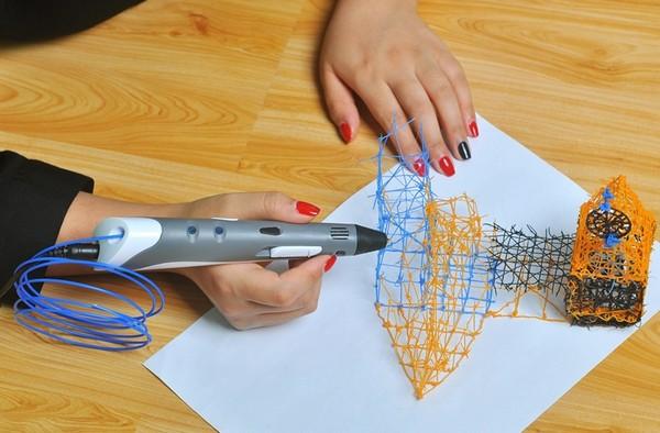 Каждый из двух типов 3D ручек имеет свои особенности