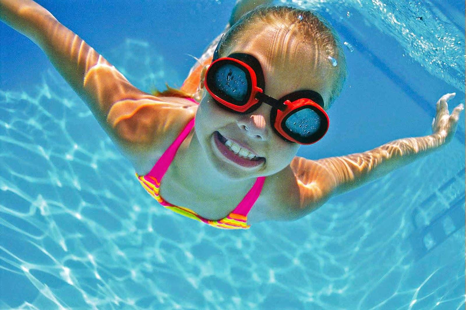 Для детей необходимо выбирать только качественные и надежные очки