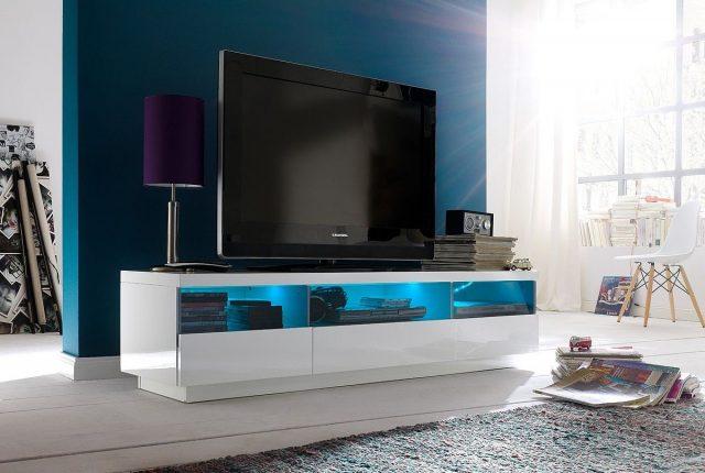 Дизайн телевизора может быть разным
