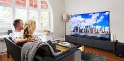 Какой телевизор лучше: Sony или Samsung