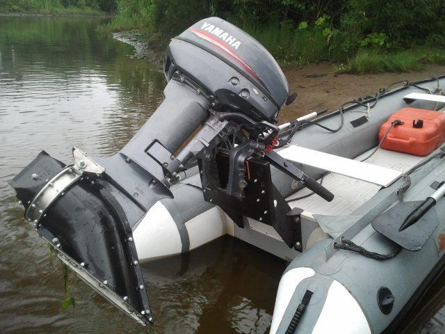 Лодочный мотор с водометом