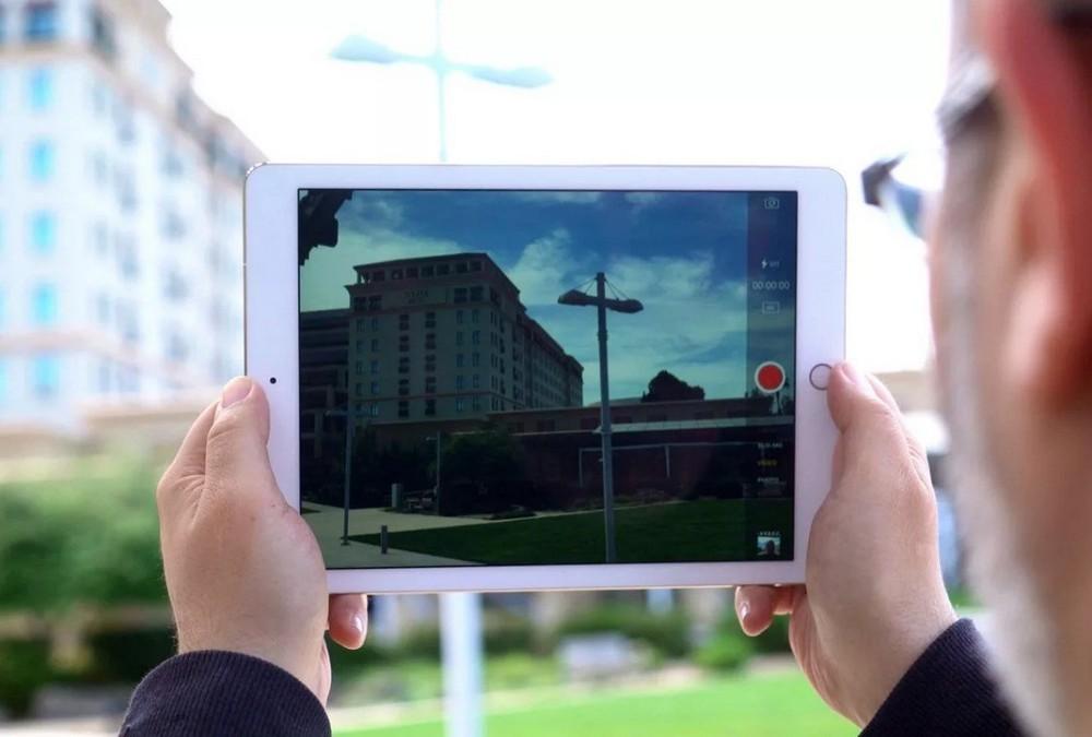 Обычно планшеты не оснащают особо качественными камерами – как правило, 13 Мп считается максимумом для подобных устройств