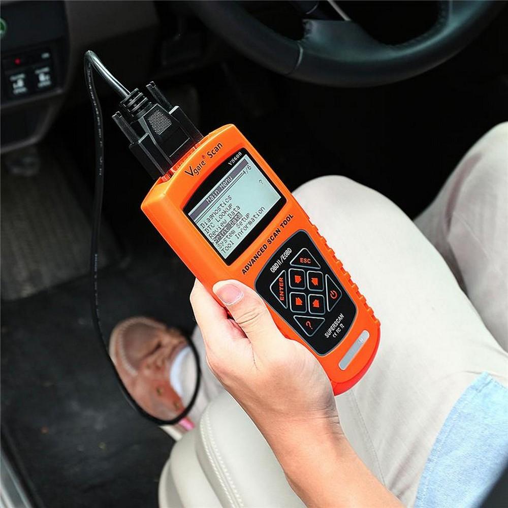 Сканер – очень полезная для работы с автомобилем вещь