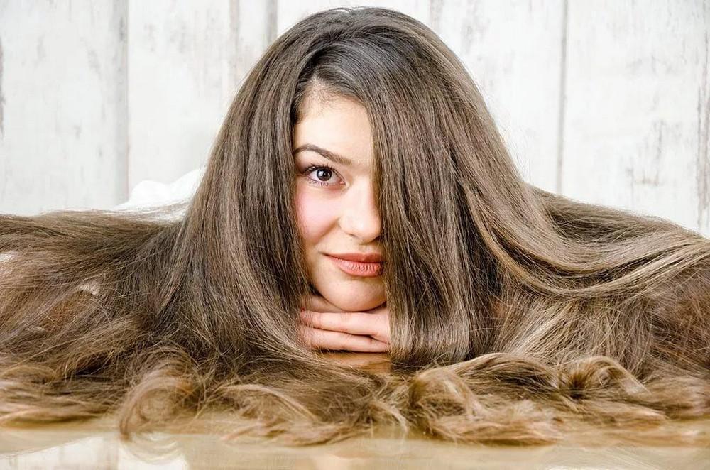 Густые волосы смогут удержать только средства сильной или сверхсильной фиксации