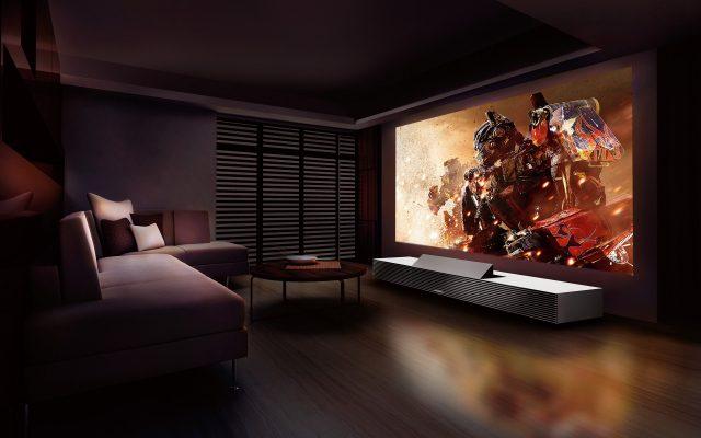 Для тех, кто разбирается в киноискусстве, ценит качество и обожает ходить в кинотеатры вопрос о покупке проектора или телевизора не стоит
