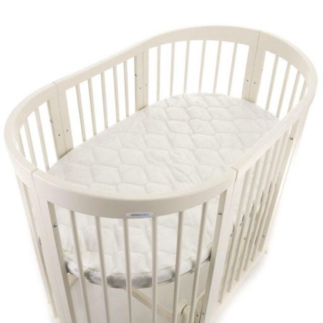 Для кроватей нестандартной формы матрасы обычно предлагает сам производитель