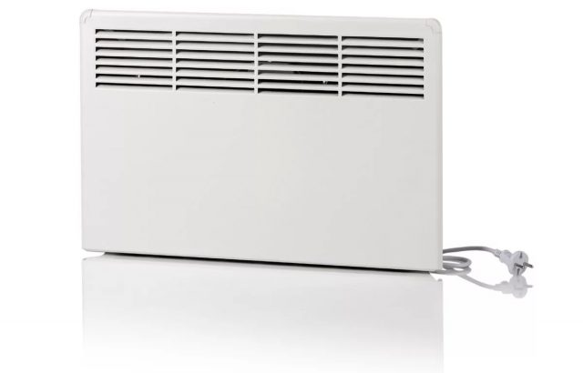 Циркуляция теплого воздуха осуществляется через отверстия в панели корпуса