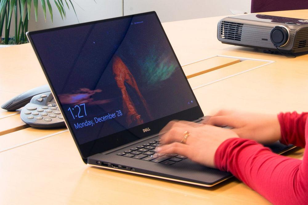 От процессора зависит, насколько быстро ноутбук будет реагировать на ваши действия, поэтому лучше выбирать модель поновее и помощнее