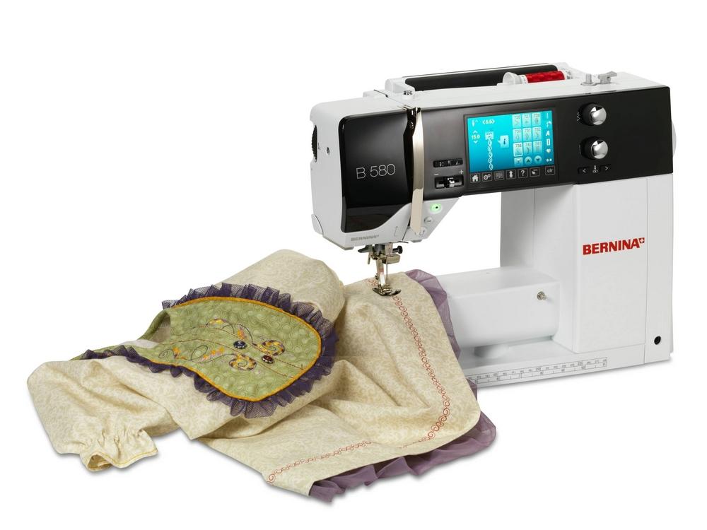 Компьютерные швейные машинки – наиболее «современный» вариант. Стоят они дороже, но и умеют больше