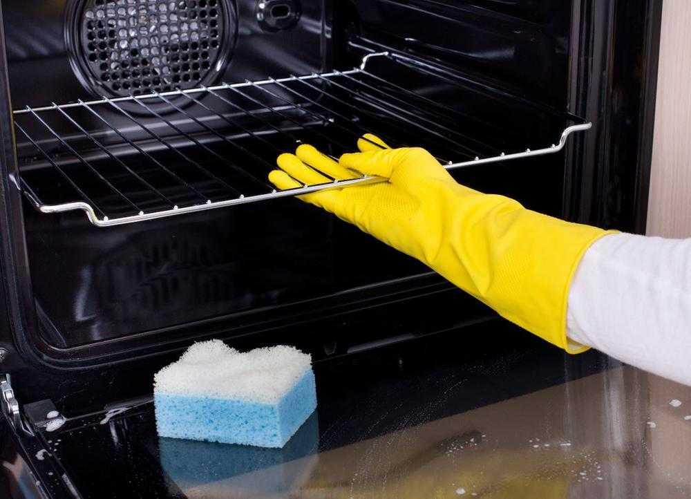 Очистка духовки может быть простой и легкой