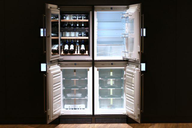 Выбирать морозильную камеру необходимо, учитывая, сколько свободного места есть в помещении