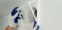 становка вентилятора – обязательная мера по созданию оптимального микроклимата в ванной комнате