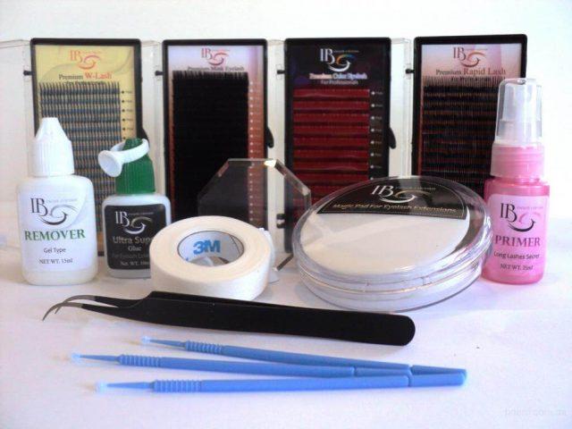 Необходимые материалы и инструменты для наращивания ресниц