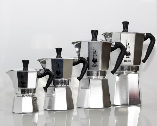 Объем кофеварки может быть разным