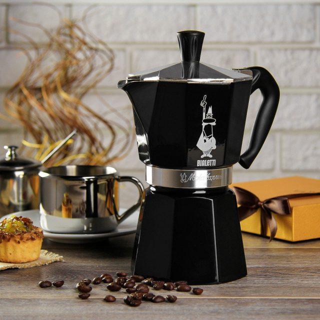 Стильная гейзерная кофеварка